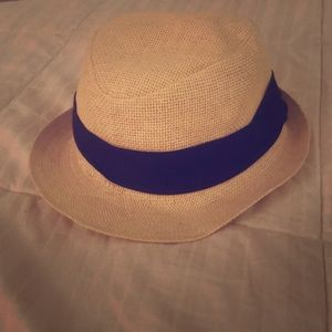 Fedora with black band